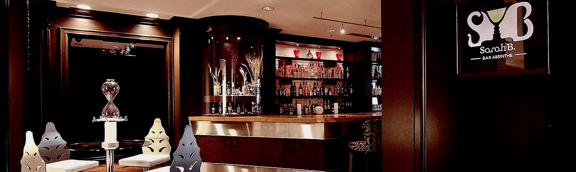 Vue intérieure du Bar Sarah B, Montréal, Québec