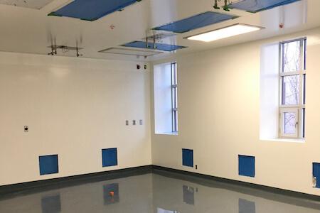 Vue des installations pour laboratoire de recherche et développement pharmaceutique