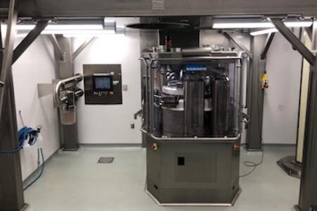 Vue d'équipements spécialisés, industrie pharmaceutique